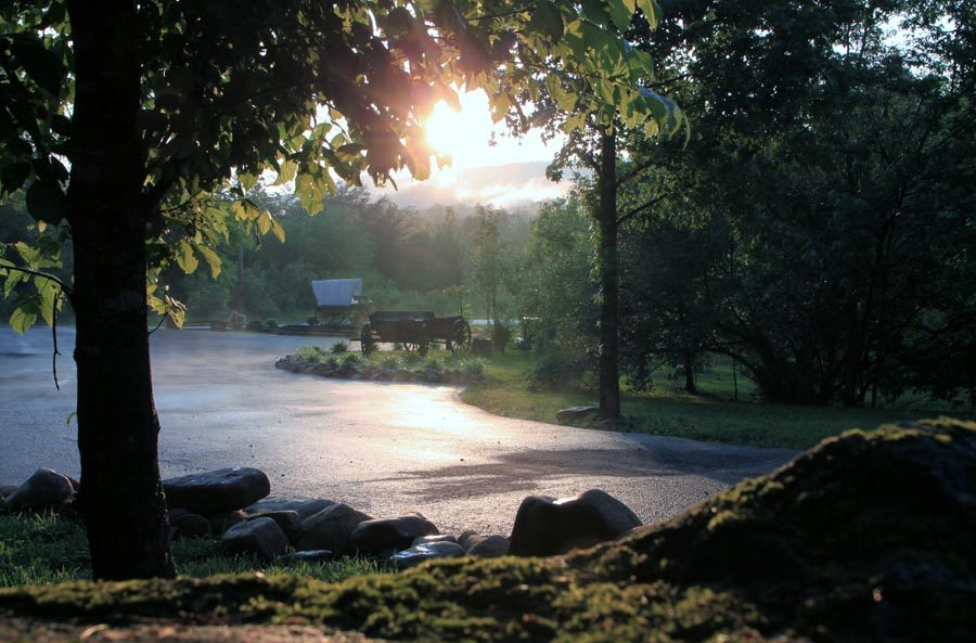 entrance-to-campsite